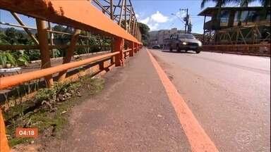 Grupo de moradores de Barão de Cocais se recusa a deixar áreas de risco - Município permanece em alerta máximo, com o risco de rompimento de uma barragem da Vale. Segundo técnicos, movimentação da parede aumentou.