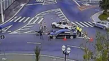 Acidentes envolvendo motos preocupam moradores de Jundiaí - Em Jundiaí (SP), os casos de acidentes também preocupam. Nos três primeiros meses de 2019, 16 pessoas já morreram no trânsito. A metade envolvendo acidentes com motos e a maioria causada pela imprudência dos motoristas.