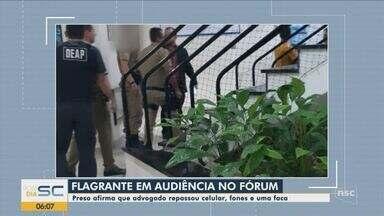Detento afirma ter recebido celular, fones de ouvido e faca de advogado em Joinville - Detento afirma ter recebido celular, fones de ouvido e faca de advogado em Joinville