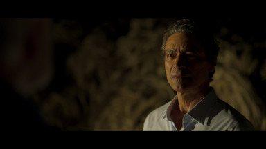Episódio 7 - Felipe devolve dinheiro a Natalie e ela se junta com Verônica, Amir e Gregory para traçar o plano de fuga dele. Felipe é atingido por tiros.