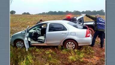 Carro utilizado em roubo de caixas eletrônicos é encontrado - Assista ao vídeo.