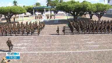 Dia da infantaria é comemorado pelo Exército em Aracaju - 28º Batalhão de Caçadores realizou a entrega da boina aos alunos do NPOR e aos soldados incorporados neste ano ao Exército brasileiro.