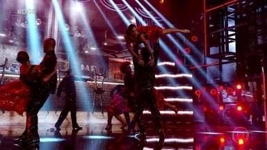 Filhos do Samba se apresentam no Dança de Grupo juntando tango e samba - Confira apresentação