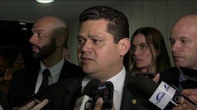 Presidente do Senado diz que não vai votar MP do Código Florestal - A medida provisória foi aprovada pela Câmara e seguiu para apreciação do Senado. Sem votação, a MP perde a validade na segunda-feira.