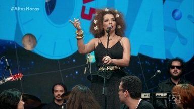 Vanessa da Mata fala de seu novo álbum - Vanessa 'lança' CD para a plateia