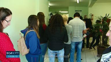 Moradores formam fila no CISGAP para garantir vacina da gripe - A unidade ficou movimentada no segundo dia de vacinação aberta a população.
