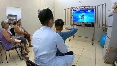 Cresce o uso de jogos em reabilitação de pacientes - Cresce o número de jogos interativos no tratamento de reabilitação de pacientes. Virtualmente eles podem estimular o cérebro e os músculos.