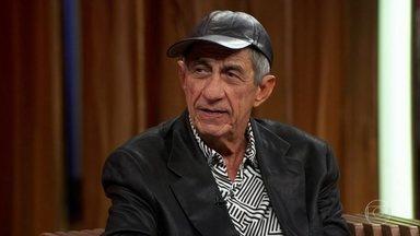 Fagner se emociona ao falar de Jorge Amado - Cantor vê depoimento do escritor e ressalta a importância dele em sua carreira