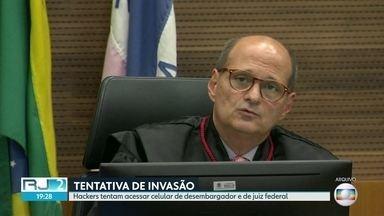 Hackers tentam invadir celular de desembargador Abel Gomes e de juiz federal - Polícia federal está investigando o caso. Desembargador é relator dos processos da Lava Jato na segunda instância.