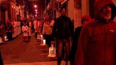 Devotos do Divino participam de última Alvorada neste domingo (9) - Cerca de 3,5 mil devotos participaram do cortejo.