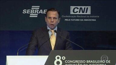 Relator da Previdência na comissão especial faz novos ajustes no texto - Samuel Moreira, do PSDB, deve apresentar relatório na quinta-feira (13). Governador de São Paulo fez defesa veemente da reforma durante o Congresso Brasileiro de Inovação da Indústria.