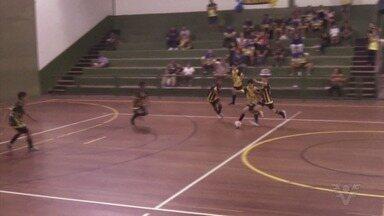 Definidos os campeões do sub-12 e sub-18 da Copa Aberta de Futsal - Promovida pela Liga Regional, competição se encerrou com as últimas duas decisões.