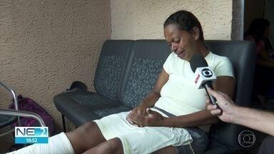Mãe de jovem que morreu soterrada em Jaboatão diz que alugou casa sem saber de interdição - Maria da Conceição e outros filhos ficaram feridos após queda de barreira
