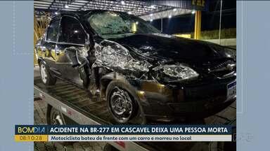 Acidente na BR-277, em Cascavel, deixa uma pessoa morta - Motociclista bateu de frente com um carro e morreu no local.