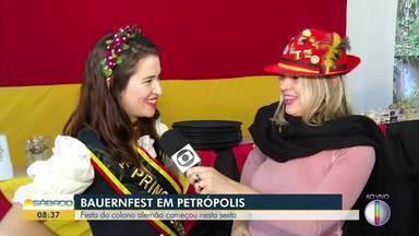 Festa do colono alemão, a Bauernfest, começa em Petrópolis, no RJ - Assista a seguir.