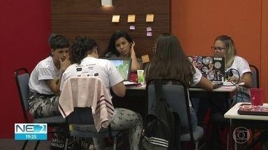 Hackathon feminina busca soluções tecnológicas para reduzir desigualdade de gênero - Competição é realizada no Bairro do Recife.