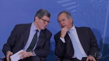 Levy pede demissão da presidência do BNDES; Guedes ainda não anunciou substituto - Joaquim Levy pediu, nesta domingo (16), demissão da presidência do BNDES, O Banco Nacional de Desenvolvimento. O ministro da Economia, Paulo Guedes, ainda não anunciou o substituto.