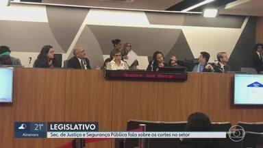 Secretário de Segurança Pública fala da necessidade de ampliação da delegacia da mulher - Mário Lúcio de Araújo falou sobre os cortes do setor na ALMG.