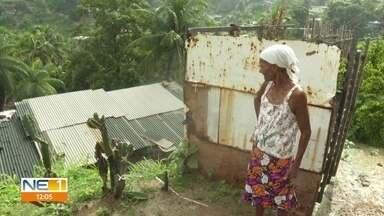 Chuva preocupa moradores de áreas de morro em Olinda - População faz vigília para observar a situação das barreiras
