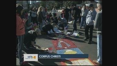 Fiéis celebram dia de Corpus Christi em Chapecó; veja programação - Fiéis celebram dia de Corpus Christi em Chapecó; veja programação