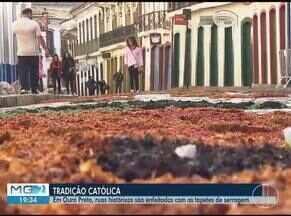 Tradição em Ouro Preto, número de ruas com tapetes do Corpus Christi foi menor em 2019 - Prefeitura diz que forneceu materiais, mas moradores não aderiram à tradição.
