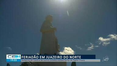 Romeiros do Ceará e de outros estados visitam Horto do Padre Cícero - Confira mais notícias em g1.globo.com/ce