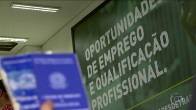Em MG, há vagas abertas à procura de candidatos; mas falta qualificação - Maioria das vagas exige pelo menos o segundo grau.