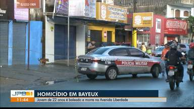 Jovem de 22 anos é baleado e morre em Bayeux, na Paraíba - O crime foi na Avenida Liberdade.