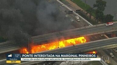 Ponte do Jaguaré comeá a semana interditada para carros após incêndio - Famílias que moravam embaixo do viaduto agora estão na beira da Marginal Pinheiros.