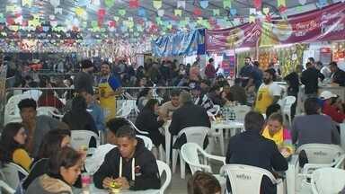 Cantor Thiaguinho encerra a Festa Junina de Votorantim - O cantor Thiaguinho encerrou no domingo (23) a Festa Junina de Votorantim (SP), que este ano completou 104 anos.