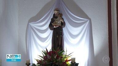 Conheça uma história de devoção e fé em Santo Antônio - Capela dedicada ao santo fica em Paulista, no Grande Recife