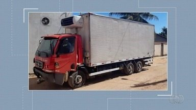 Garupa de moto morre após acidente com caminhão na BR-158, em Aragarças - Caminhão bateu na traseira de uma moto e passageira morreu.