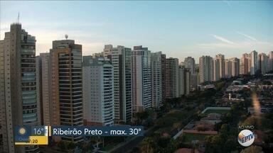 Confira a previsão do tempo para esta segunda-feira (1º) em Ribeirão Preto - Temperatura máxima chega a 30ºC.