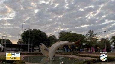 Frente fria chega nesta quarta-feira e provoca chuva em MS - A frente fria já está avançando pelo Centro-Sul do Brasil e as nuvens carregadas já começaram a entrar pelo sul de Mato Grosso do Sul.