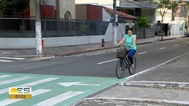 Prefeitura de Vitória suspende licitação de obra na Avenida Rio Branco - Impasse sobre ciclovia.