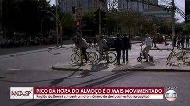 Anda SP: Projeto discute como a tecnologia mudou a mobilidade em São Paulo - São mais de cinco milhões de viagens na hora do almoço, que podem ser a pé, de carro, bike, patinete, tudo.