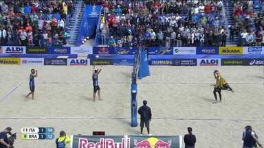 André/George perdem para italianos no Mundial de vôlei de praia - André/George perdem para italianos no Mundial de vôlei de praia