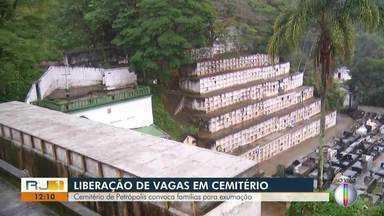Cemitério de Petrópolis convoca famílias para exumação - Assista a seguir.