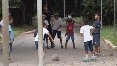 Brincar é importante para o aprendizado infantil, relata especialista - Pedagoga afirma que ato de brincar possibilita o processo de aprendizagem da criança.