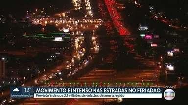 SP2 - Edição de sexta-feira, 05/07/2019 - Mais de dois milhões de veículos deixam a Grande São Paulo para o feriado prolongado. Alagamento interdita trecho da Marginal Tietê, na altura da Ponte das Bandeiras. Região da capital registra dia mais frio do ano.