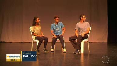 Espetáculos já atraíram 16 mil pessoas este ano aos teatros de Campos - Assista a seguir.