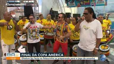 Olodum agita a torcida pelo Brasil neste domingo, na final da Copa América 2019 - A seleção brasileira enfrenta o Peru a partir das 17h, no Maracanã.