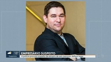 Polícia procura empresário suspeito de estupro de seis menores em Jacarepaguá - A Polícia Civil procura um empresário suspeito de estupro de seis crianças em Jacarepaguá. A defesa dele nega as acusações e diz que ele estava sendo vítima de chantagem.