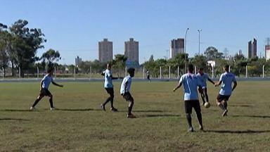 Tiime do Usac retoma atividades - Clube está com 14 jogadores a menos que saíram alegando atrasos de salário e outros problemas.