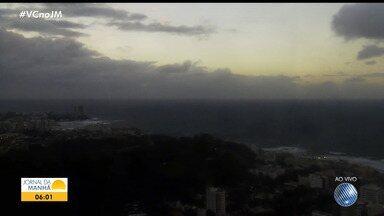 Veja a previsão do tempo para Salvador e cidades do interior da Bahia - Frente fria continua atuando em grande parte do estado. Confira também a tábua de marés para esta terça-feira.