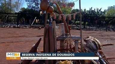 Casa de reza indígena é destruída por incêndio em Dourados - Cuidadores do local falam que prejuízo é por conta da importância da tradição espiritual dos indígenas.