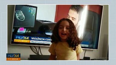 """Telespectadores chamam intervalo do Meio Dia Paraná - Quem também quiser aparecer na telinha da RPC é só enviar um vídeo falando """"Meio Dia Paraná, volta já"""" para o número 99972-5178."""