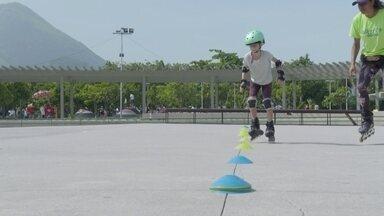 Hoje é dia de patinar: benefícios e riscos - Os conselhos para quem quer patinar em segurança.
