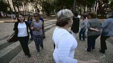 Campinas, 245 anos: 4ª reportagem da série especial destaca as praças da região central - Matéria sobre o aniversário de Campinas mostra como a população tem usado os pontos de lazer no Centro.