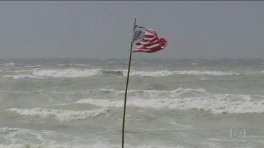 Tempestade atinge a costa sul dos Estados Unidos - Região é a mesma devastada pelo furacão Katrina em 2005